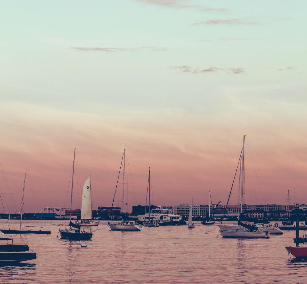 location yacht
